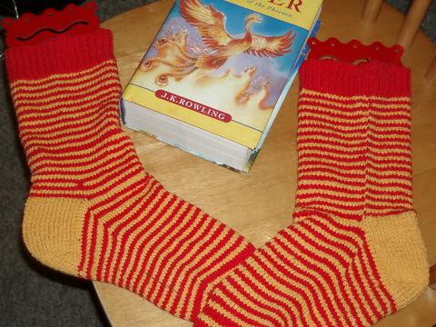 Red and Gold striped knit socks in cotton lycra yarn (elann esprit) for Hogwarts Sock Swap Pal