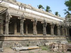 Alankara Mandapam -  Western  Praharam