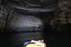 Nella grotta della Campana