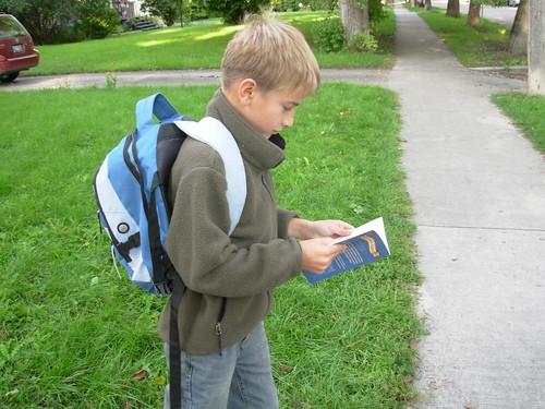 sept 09 2008 walk to school 002