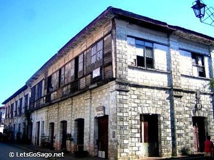 Vigan Heritage Houses, Calle Crisologo