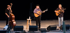 "Tom Paxton • <a style=""font-size:0.8em;"" href=""http://www.flickr.com/photos/54494252@N00/2798743512/"" target=""_blank"">View on Flickr</a>"