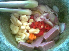 ingredients to be pounded
