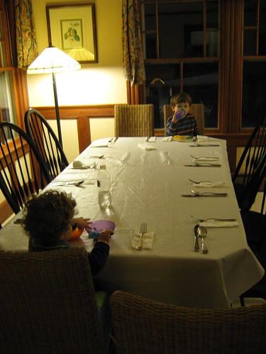 Child Dining by Flickr user GlennFleishman