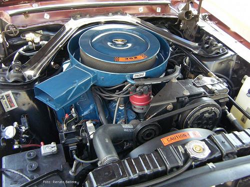 302 V8