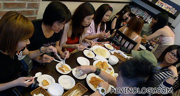 The bloggers enjoying their pastas, fish and chips