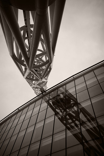 project failure wembley stadium Wembley stadium  any project which incorporates the craftsmanship of three  thousand separate individuals must be conducted with the assistance of experts .