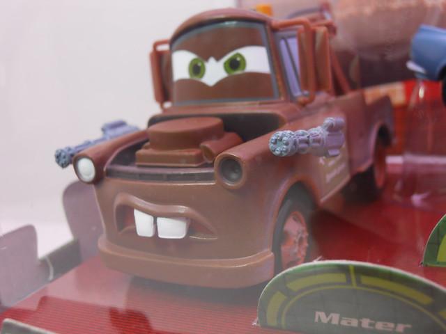 disney store cars 2 secret agent ops boxset (2)