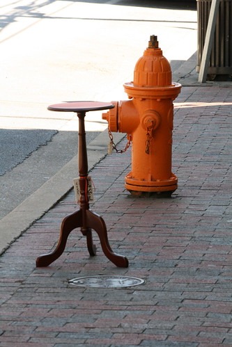 Hydrant & Table