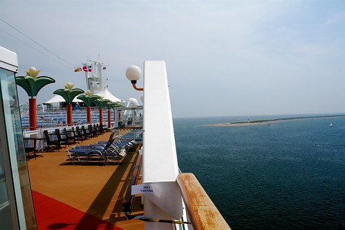Norwegian Dawn and Race Point