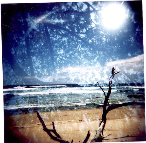 HOLGA BEACH PHOTO