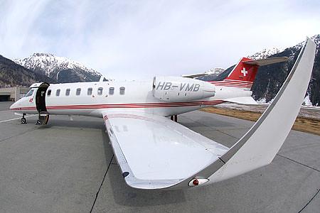 Costado Learjet
