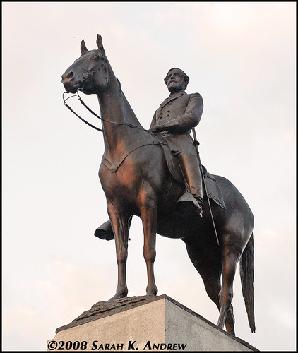 Robert E. Lee and his horse Traveller atop the Virginia State Monument