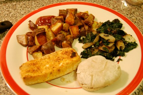 cajun tofu potatoes spinach biscuit
