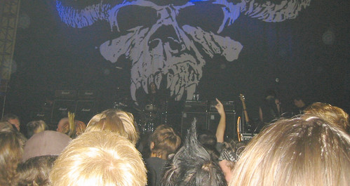 20071023 - Danzig - 140-4078 - stage, audience