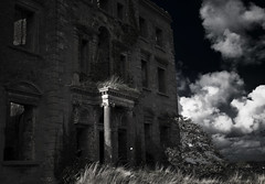 Ireland: dark house