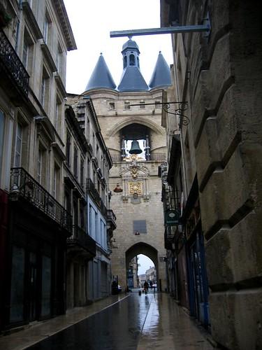 La grosse cloche (big clock). Can you tell its been raining?