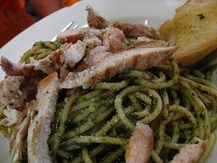 Grilled chicken pesto