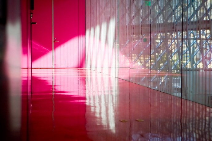 Pink in Seattle Central Library (by Phanix)