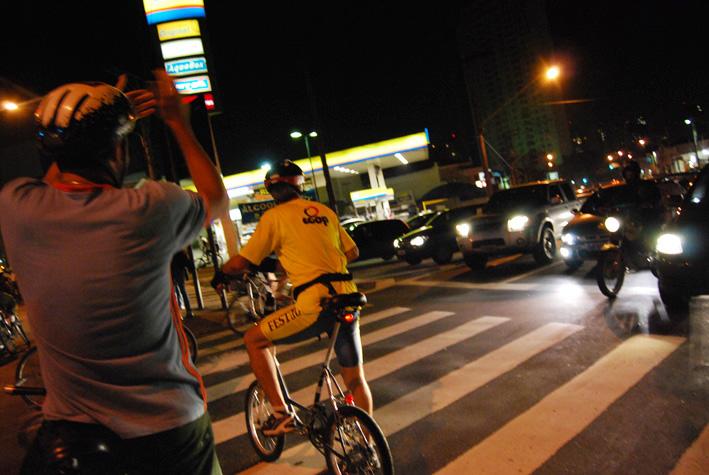 BicicletadaSP-Abr08_0297