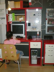 Ikea workstation - Red color