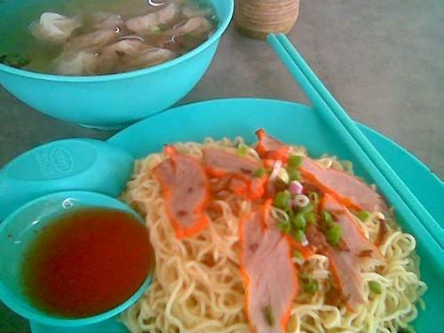 Sibu Cafe's kampua & pian sip