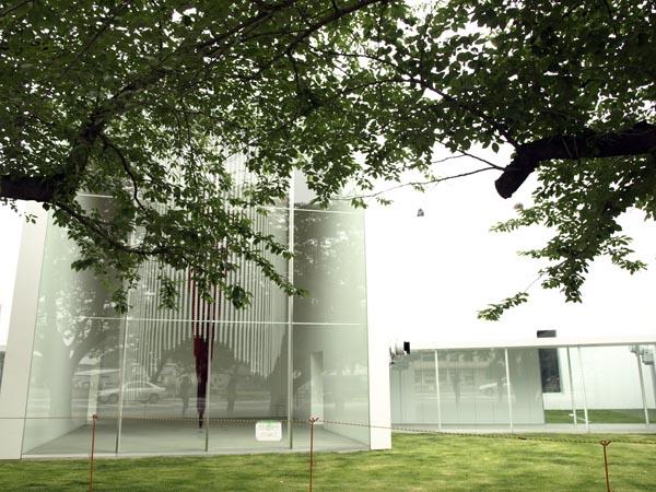 十和田市現代美術館 8
