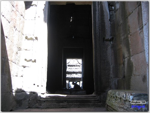 Corridors of Bayon
