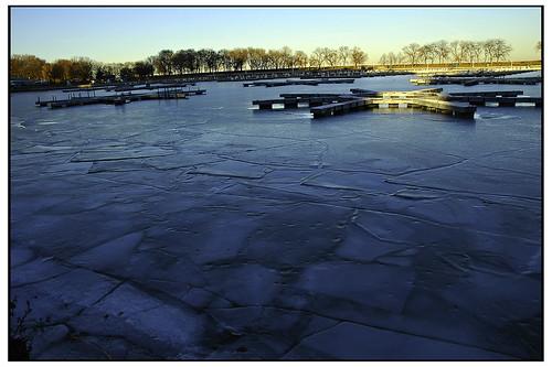 Golden Splashed Ice
