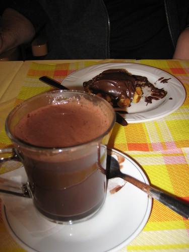 Hot chocolate & nutella waffle