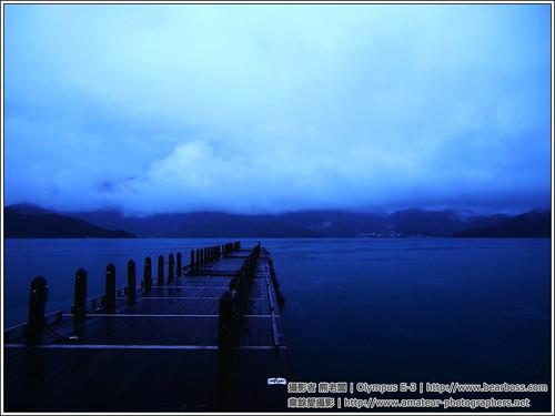 朝霧碼�雨�晨拍
