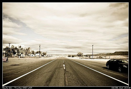 Route 66 - Truxton (AZ) - Leaving by you.