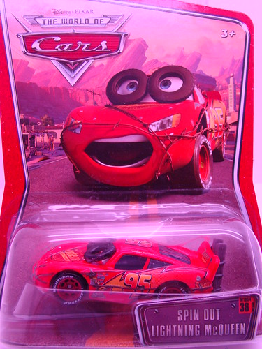 Disney CARS Spinout Lightning McQueen and Dexter Hoover