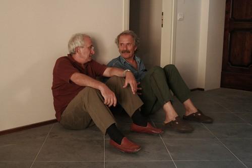 alberto-franceschini-e-paolo-rozzi-sul-set-del-documentario-il-sol-dell-avvenire-89032 da te.