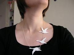bird necklance