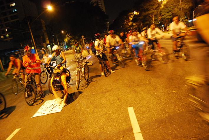 BicicletadaSP-Abr08_0535