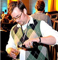 Neal Pouring at Savor