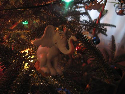 Christmas_Elephant_0002