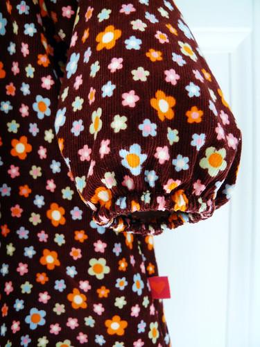 Dolly daisy dress - sleeve