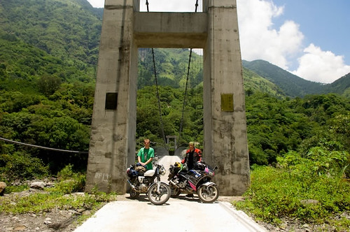 Day two was the climb up the Southern Cross Island Highway. Its a stunning, remote highway that cuts across the southern Taiwan mountains through the southern edge of YuShan National Park.