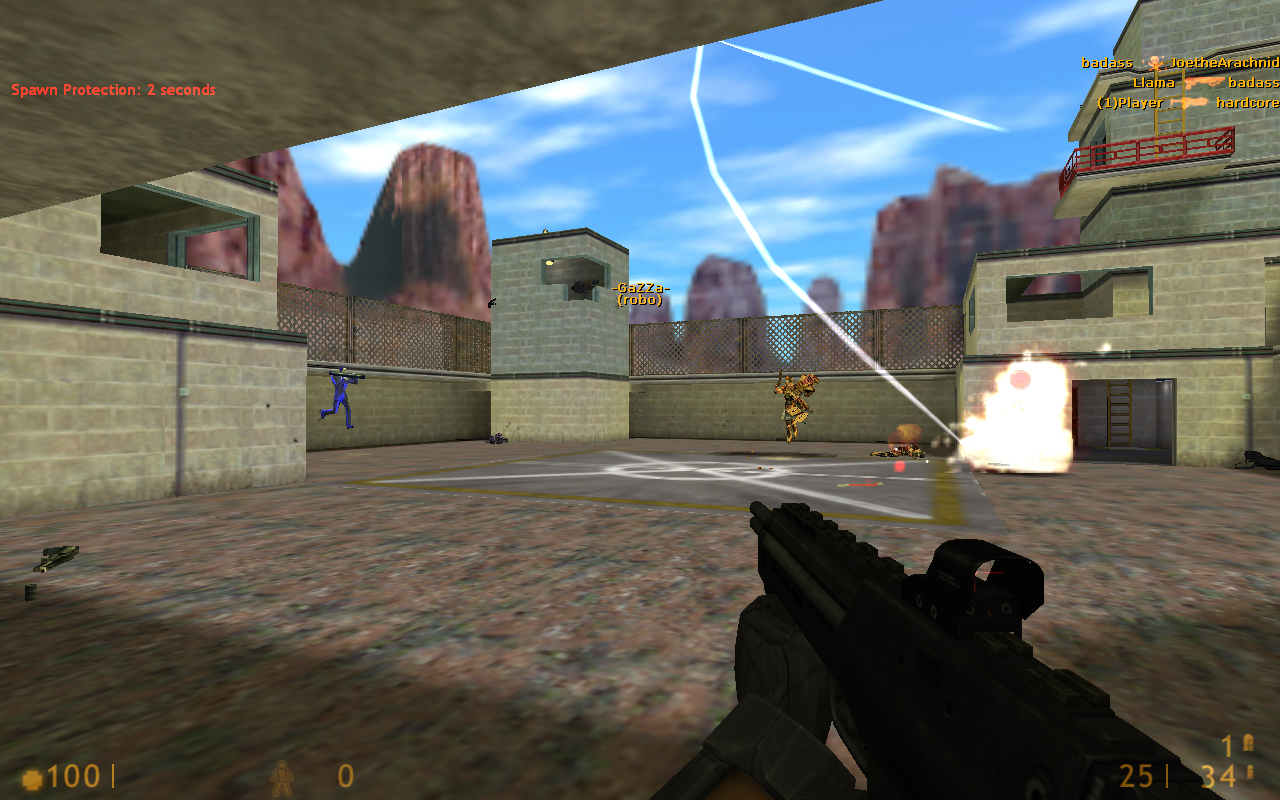 Gameplay of Half-Life online.