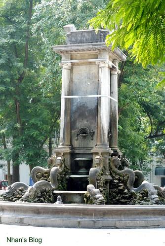Con Coc fountain