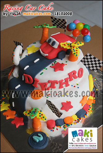 Racing Car Cake Diethro - Maki Cakes