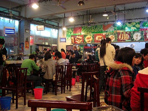 Hotpot restaurant - busy interior