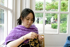 knitting the double-knit argyle scarf