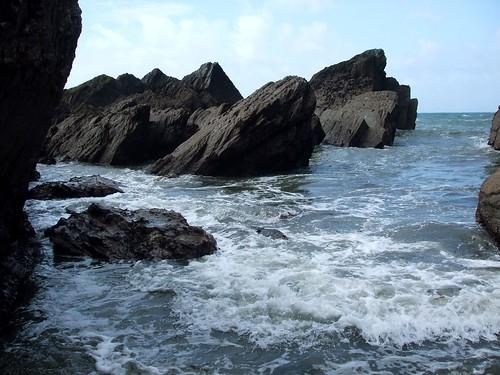 Rocks at Tunnels beach