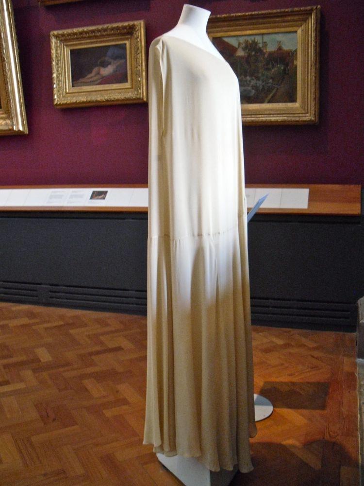 Paintings Gallery: Yohji Sleeveless dress