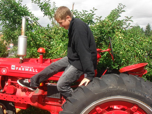 Jack on 1948 tractor