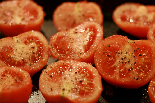 roasting tomatoes © kirsten