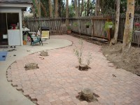 Laying a Pavestone Patio  Part 2: Cutting Edger Bricks